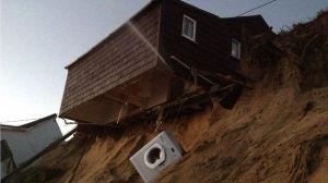 house falling_03