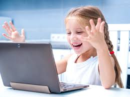 little girl computer_06