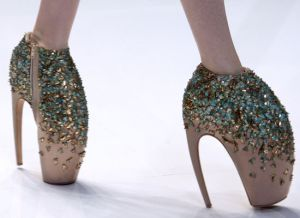 lady gaga shoes_01