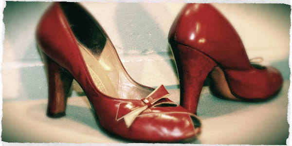 women shoes 1950s_01