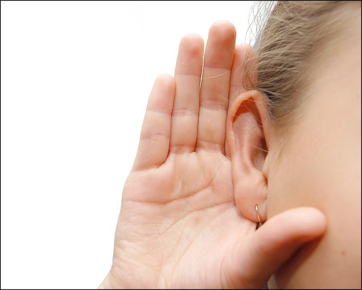 07_hand to ear.jpg