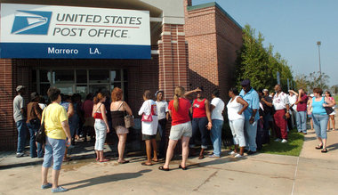 crowd post office