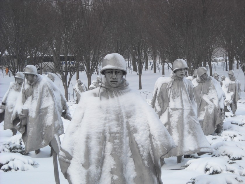 korean war memoria in snow