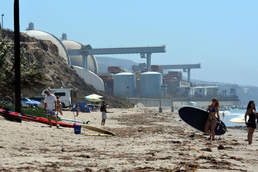 San_Onofre_Nuclear_Generating_Station_2013_photo_D_Ramey_Logan