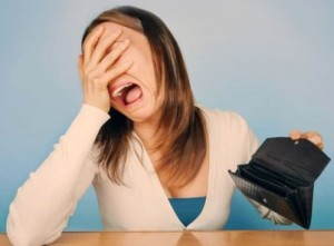 empty wallet woman cropped