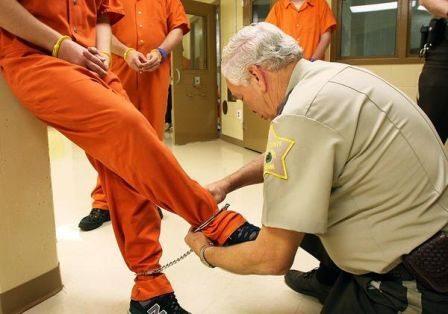 handcuffs_02