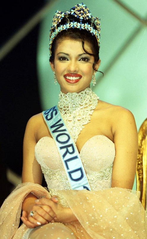 priyanka Miss World smaller