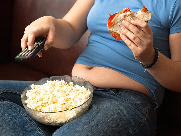 Woman-couch-potato