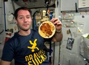 food spaghetti cropped