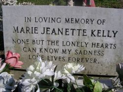 grave kelly_01