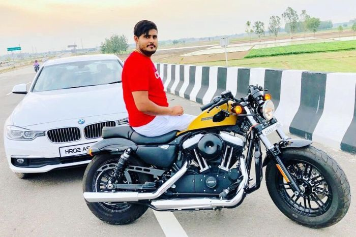 Akash, BMW and motorcycle