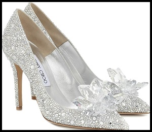 shoes_01 cropped smaller outlined