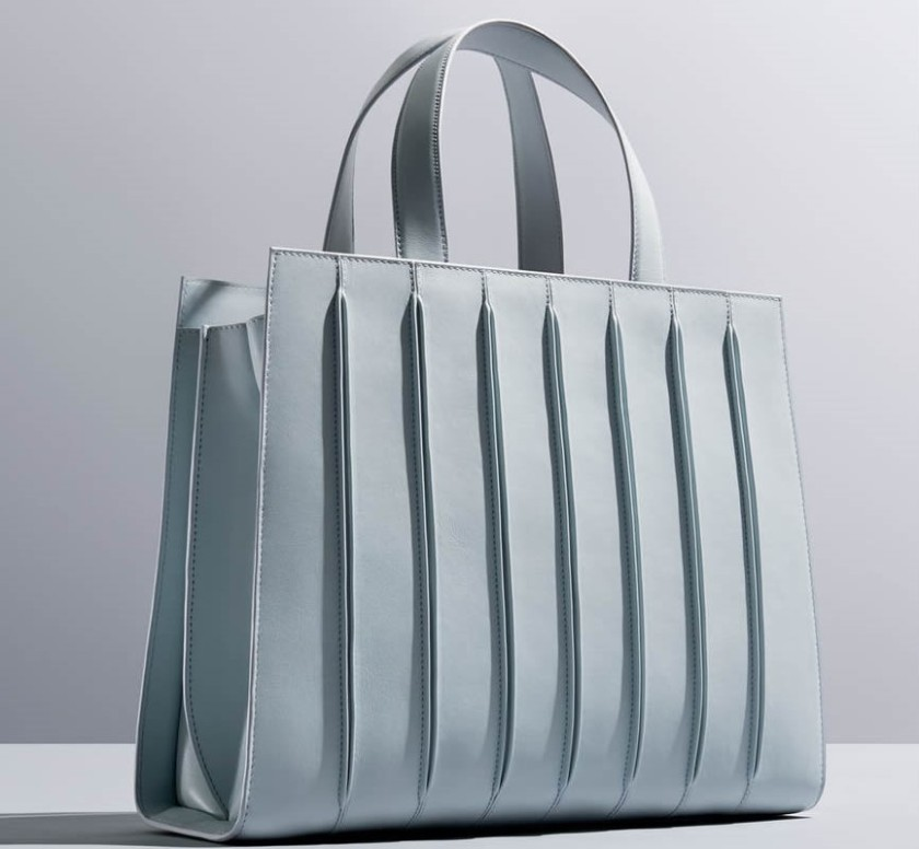 whitney_bag_max_mara cropped