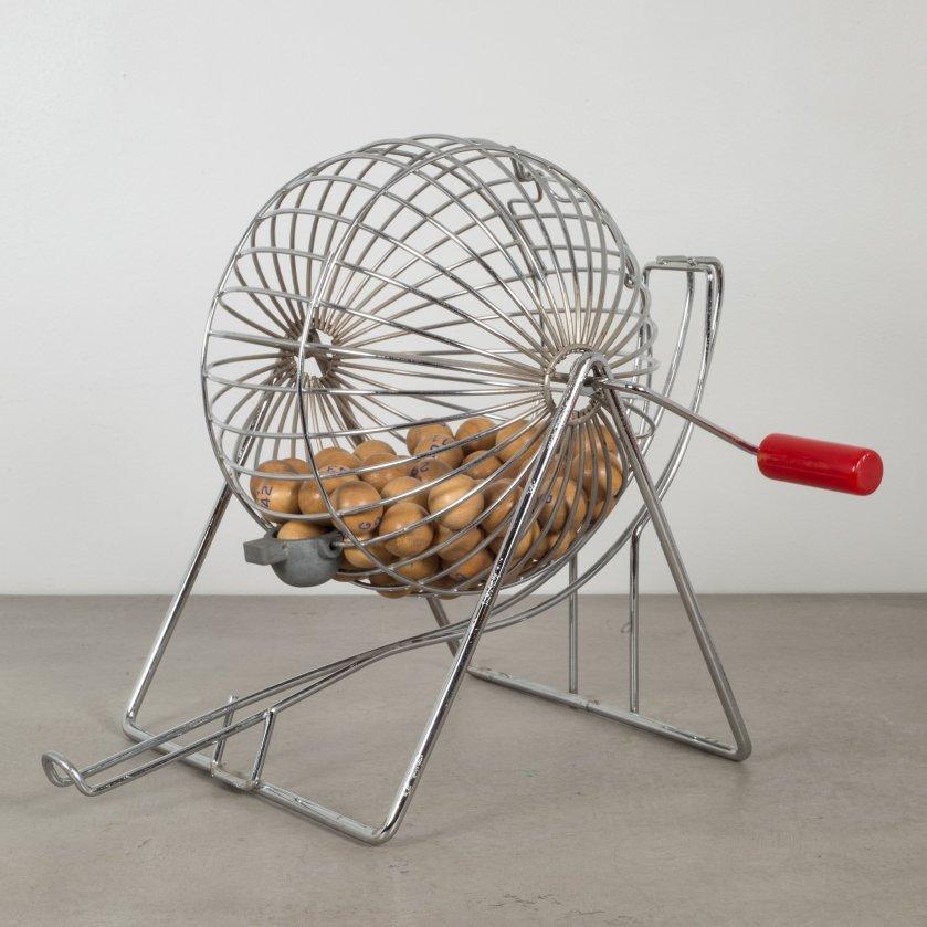 bingo-cage-bakelllite-vintage-1