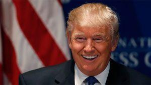 trump-laugh-690x393