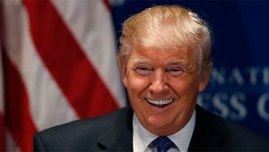 trump-laugh-690x393
